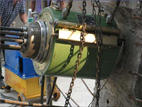 铁岭桥梁400吨智能张拉千斤顶油泵标定
