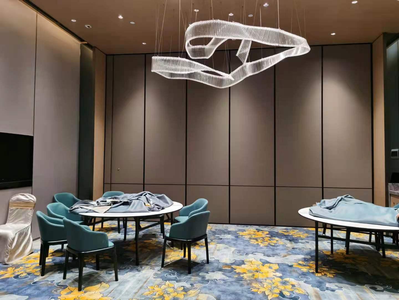 广州电动玻璃折叠门厂家专业定制