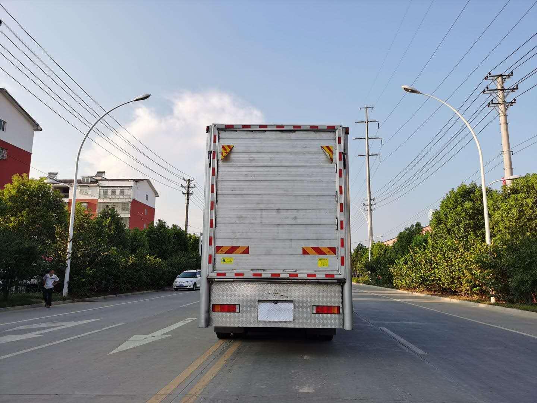 卫辉市成品生猪长途运输拉猪车