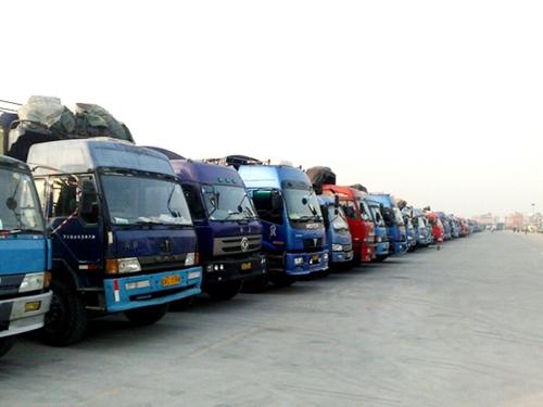 从东莞市去到吉林货车4.2米6.8米9.6米13米17.5米车队