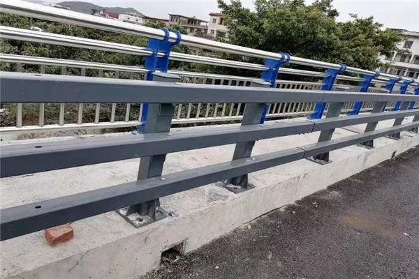 保山市重庆不锈钢复合管栏杆批发价格价格