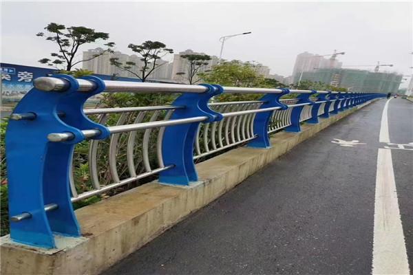 汉中市内衬不锈钢复合管栏杆价格