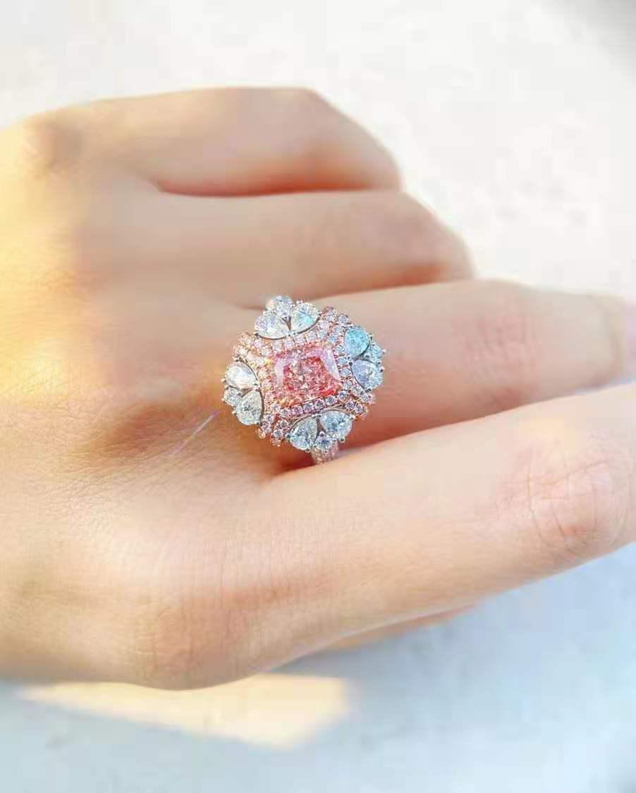 奉贤区钻石首饰回收多少钱一克卡地亚手表能卖几折