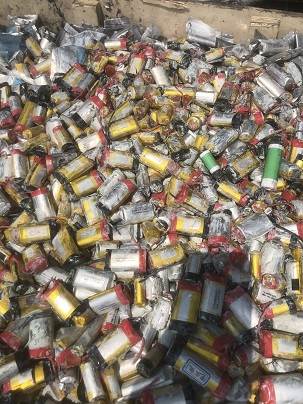 青云谱回收钴酸锂废品镍钴锰回收456