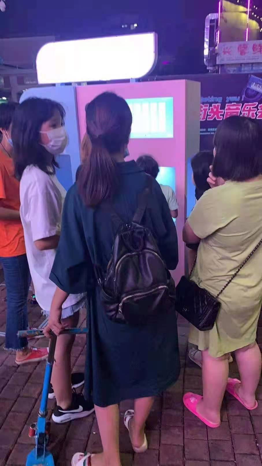 梅州五华扬漫棉花糖机买的人多吗