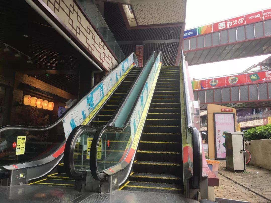 茶山镇电梯回收、货梯回收多少钱一台