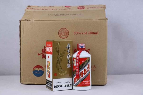 花鸟茅台酒瓶子回收本地花鸟茅台酒瓶子回收值多少钱