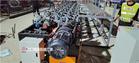 上海钢筋笼地滚笼机优势及特点