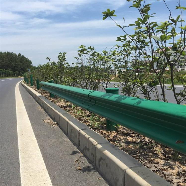 方山公路波形护栏板 |制作加工| -山东隆翔交通设施