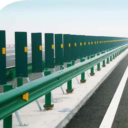 信阳双波波形护栏板 |规格在线咨询| -山东隆翔交通设施