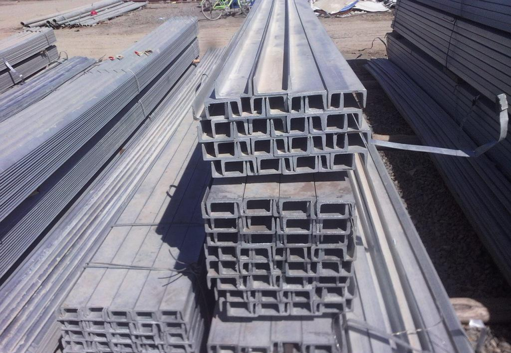 常德市Q345D热镀锌槽钢厂家