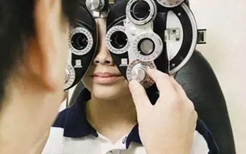 东营考眼镜定配工证大约要花多少钱在线报名新闻简介