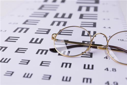 陕西考眼镜验光师证怎么考要多少钱点击报考鉴定要求