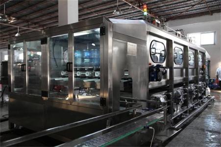 广东惠州整厂工厂设备回收咨询现场老板交谈