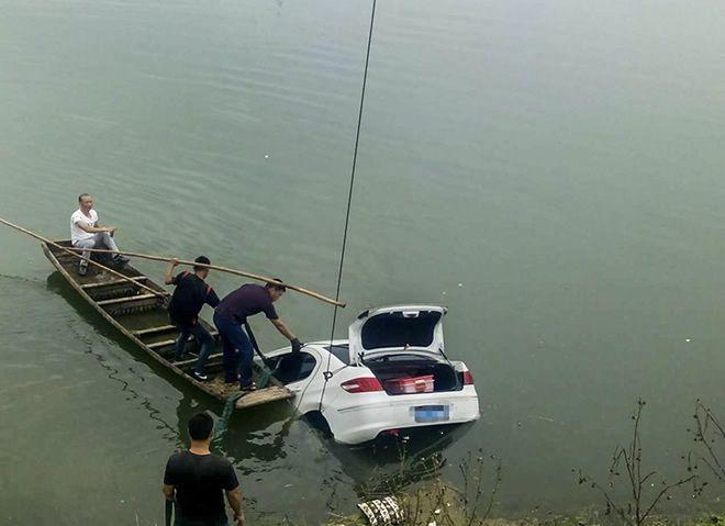 毕节潜水打捞收费标准专业施工队
