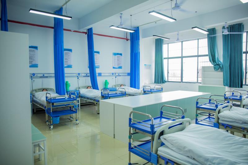 【资讯】长沙社区护理职业学校|办公室电话