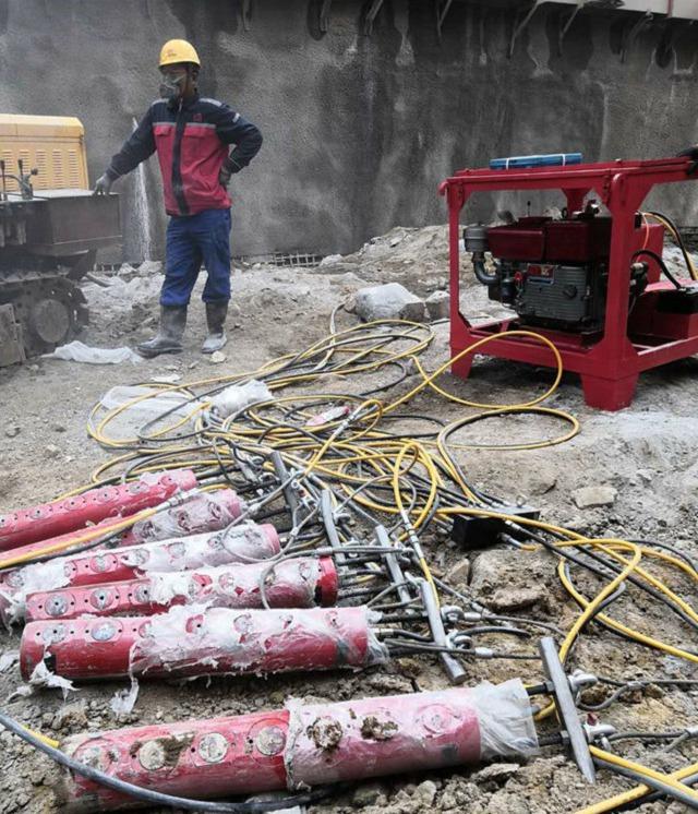 长沙市高速边坡石头破碎机器