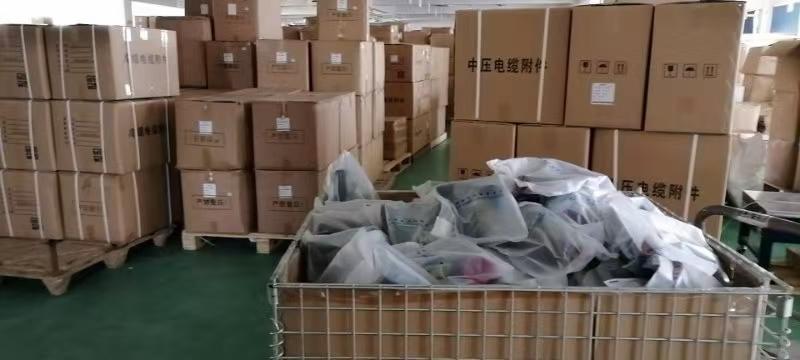 阳泉市15KV高压电缆中间接头防爆盒1.3m两片价