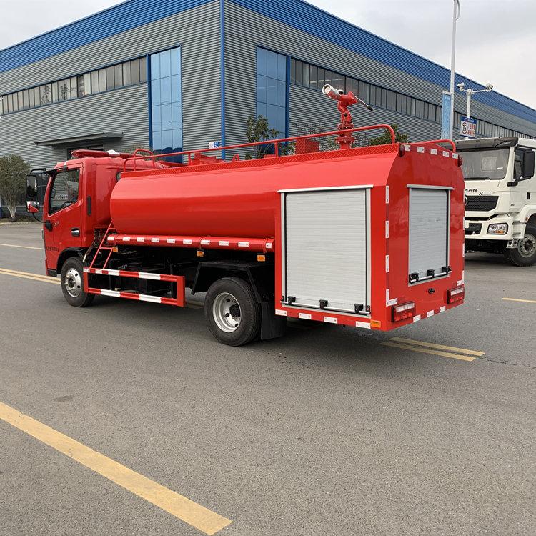 东风5吨乡村水罐消防喷洒车厂家