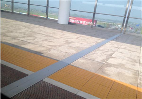 宁波江北屋面变形缝变形缝盖板维修变形缝厂家直销