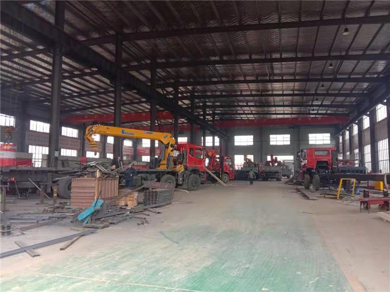 铜川市东风天龙16吨随车吊多少钱一台