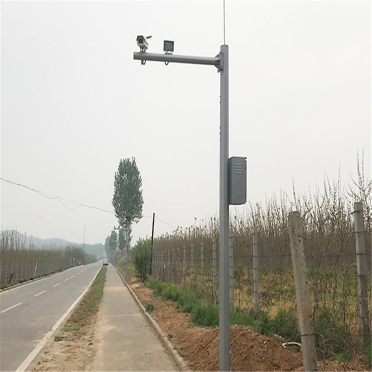 甘洛单挑路灯杆7.5米监控立杆兴丰源性价比高