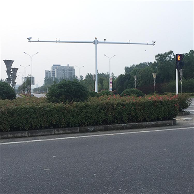 东区视频监控前端监控箱4.0*4交通监控杆专业厂家地址