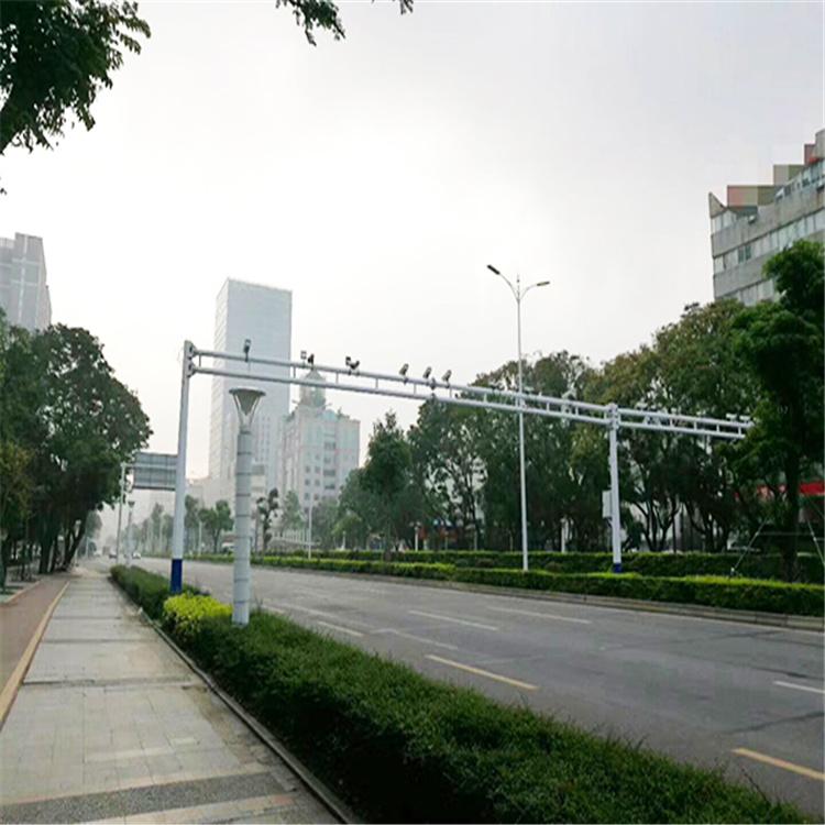成都锦江35米高杆灯变径监控立杆质量打败无敌手