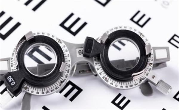 中山自己报名考眼镜定配工培训什么时候考试考试指南如何就业