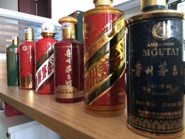 (惠州市【茅台酒瓶回收】惠州市回归祖国十周年纪念酒茅台酒瓶回收)