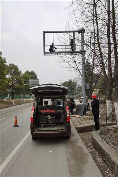 阿坝藏族羌族自治州森林防火监控杆,框架式信号灯杆_可根据客户图纸定制