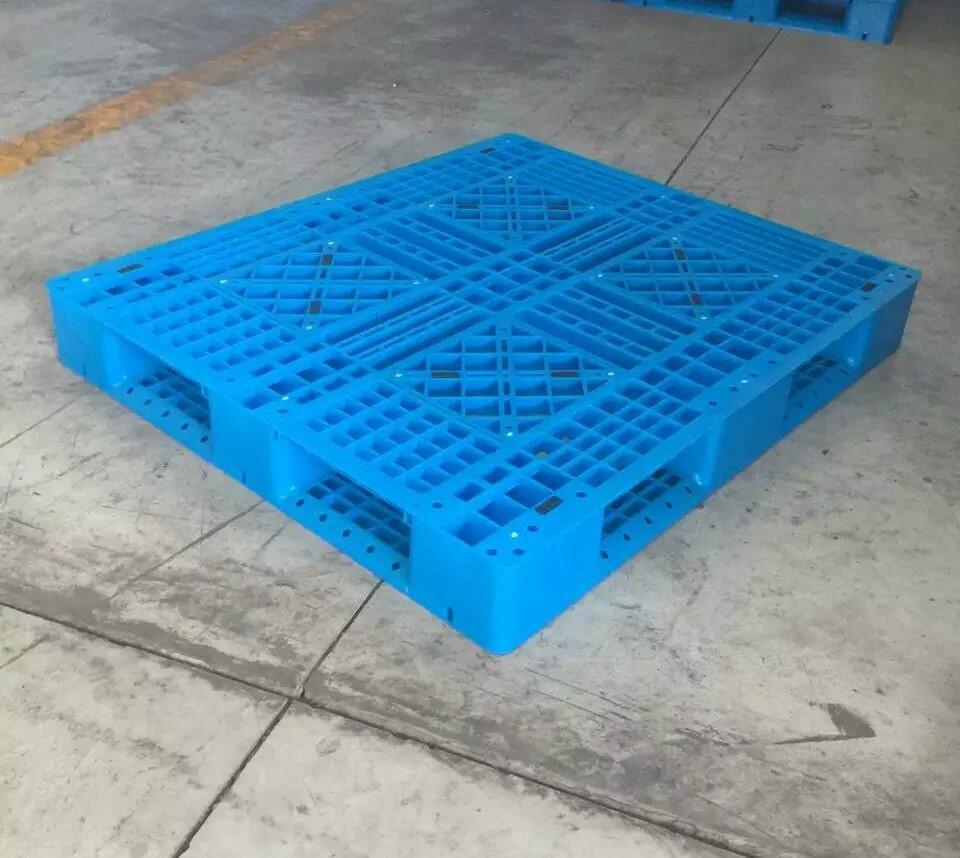 信阳市塑料垫板远销全球100多个
