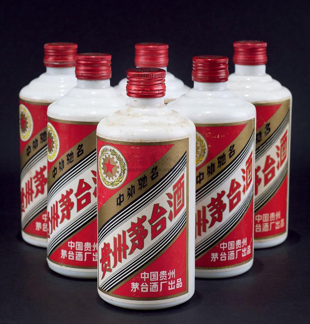 【公开】汕头麦卡伦25年酒瓶盒回收整箱价格