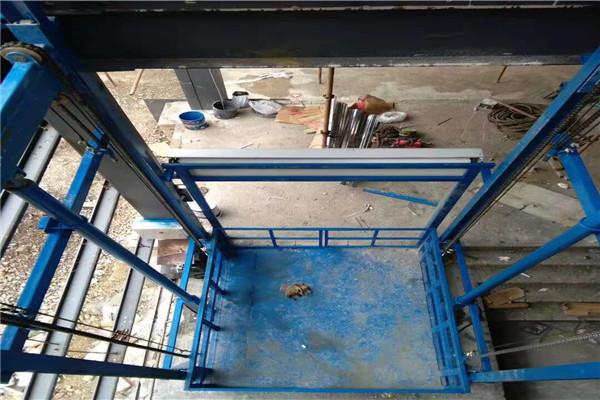 郾城升降机 - 升降货梯【生产厂家】-在线咨询