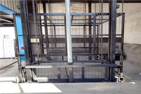古城升降机 - 升降货梯【生产厂家】-欢迎访问