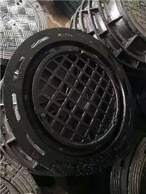 荆州球墨铸铁双层井盖加工-欢迎订购
