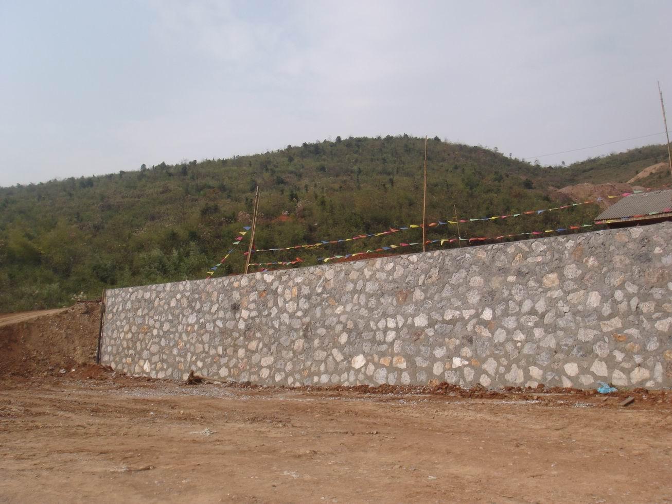 河道石头护坡,佳甫生态护坡