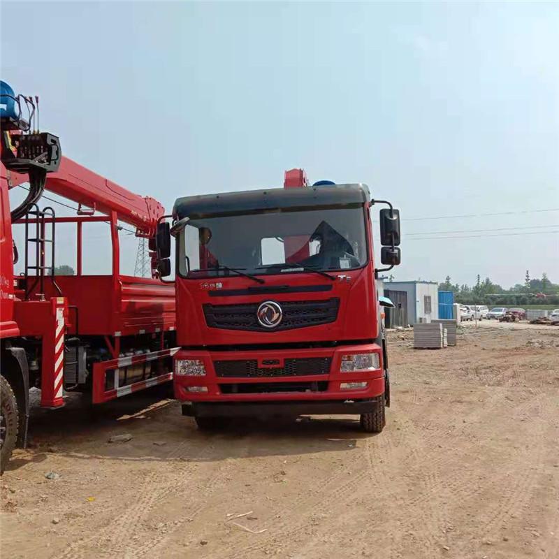 东风D3V随车吊8吨黔东南苗族侗族自治州厂家直销