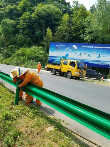 秦皇岛卢龙高速公路波形护栏工程波形护栏板