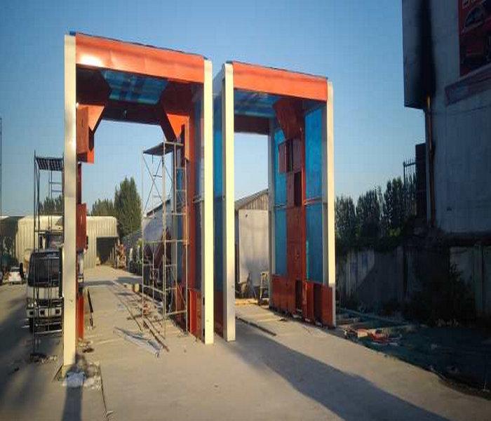 罗山龙门往复式洗车机&大门口洗车机型号