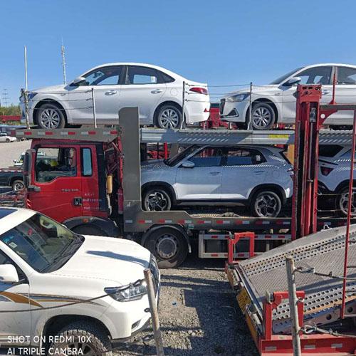 拖车从伊犁到大连轿车托运多少钱一辆全境往返