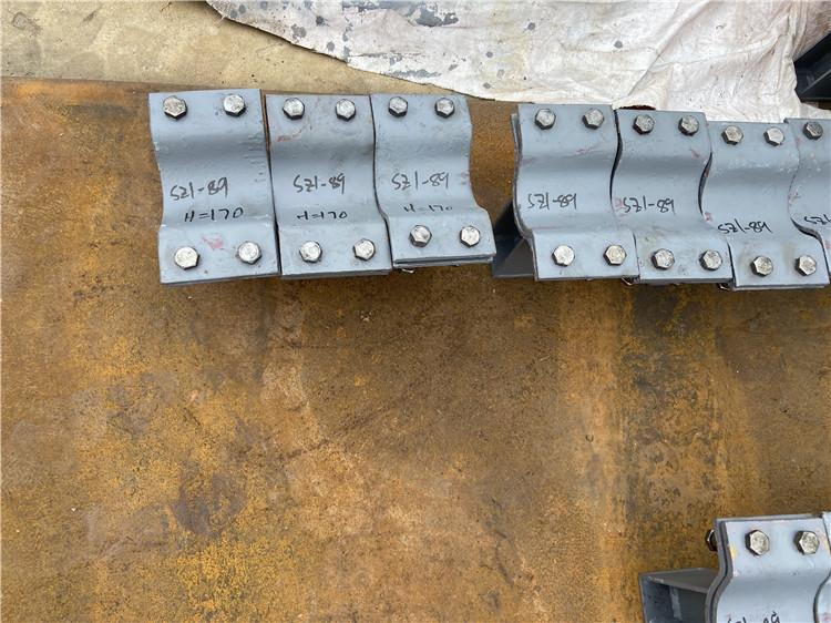 大连旅顺口Z3.508管夹滑动支座加工