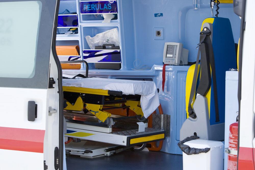 鹤岗叫一次120救护车多少钱私人救护车-24h派车