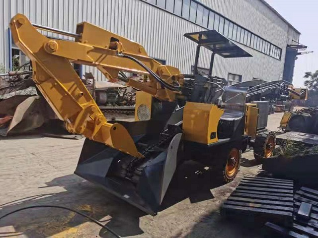 KA -MA海口市矿安4吨四不像矿用地下自卸车轮式扒渣机厂家