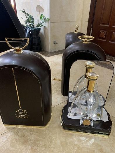 荔湾区茅台空瓶【各种定制茅台】酒瓶回收均为高价格,诚信在首位