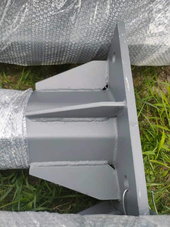 眉山丹棱悬臂信号灯杆3.5*8交通监控杆杆件厂家制作