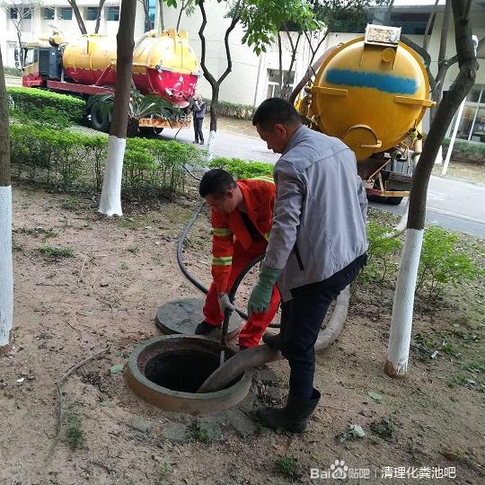 潘家园专业化粪池清理——抽污水24小时服务