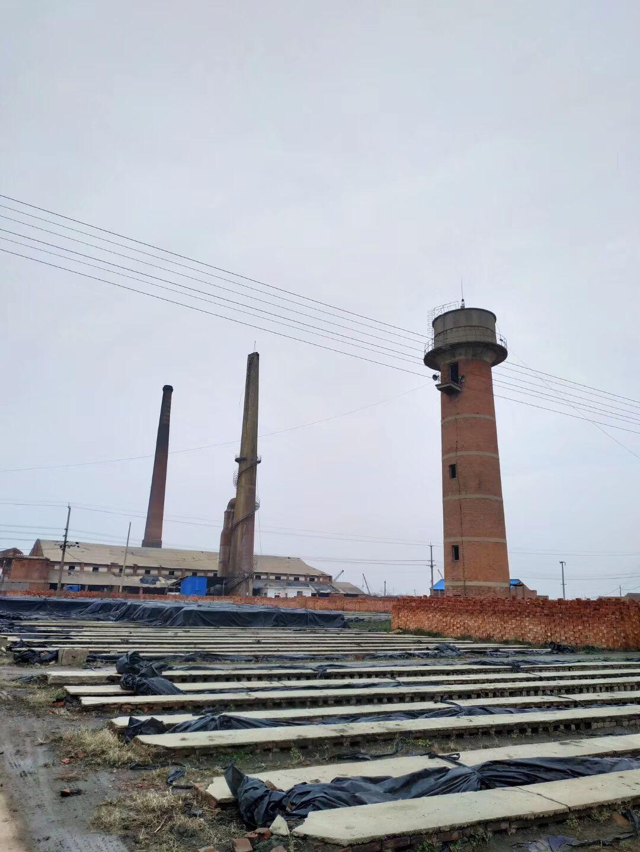 张掖45米烟囱拆除_收费标准多少钱一米——【华电高空】