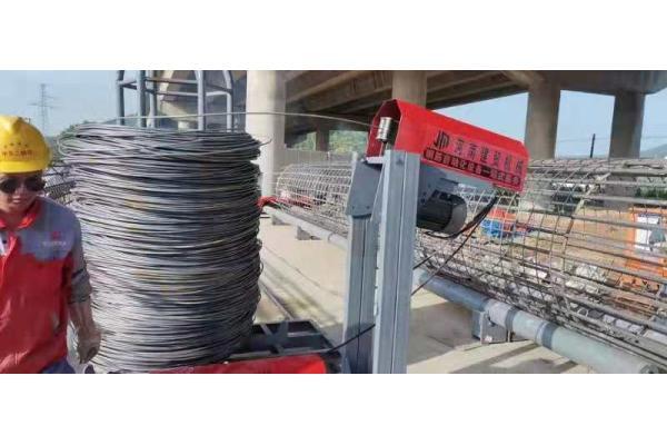 青海果洛钢筋笼盘筋机、地滚笼双边双缠绕滚笼机