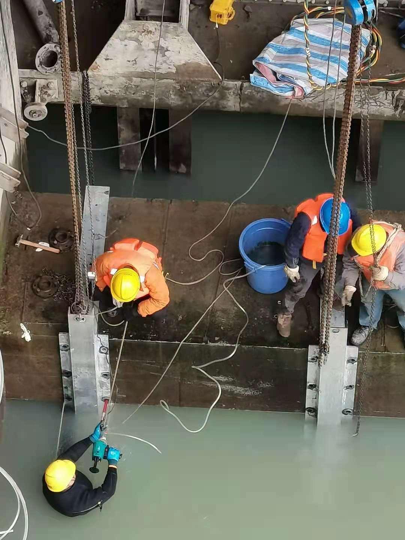热推:柳州|潜水员打捞+打捞车辆|水下工程作业